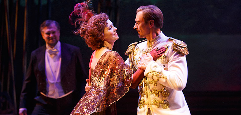 Cynthia Dale as Countess Charlotte Malcolm and Juan Chioran as Count Carl-Magnus Malcolm (background: Ben Carlson as Fredrik Egerman). Photography by David Hou.
