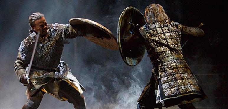 Michael Blake as Macduff (left) and Ian Lake as Macbeth. Photography by David Hou.