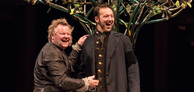 Geraint Wyn Davies (left) as Sir Toby Belch and Gordon S. Miller as Fabian. Photography by Cylla von Tiedemann.
