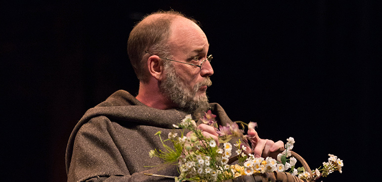 Wayne Best as Friar Laurence. Photography by Cylla von Tiedemann.