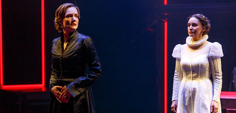 Shannon Taylor (left) as Mary and Irene Poole as Catalina in Mother's Daughter. Photography by David Hou.
